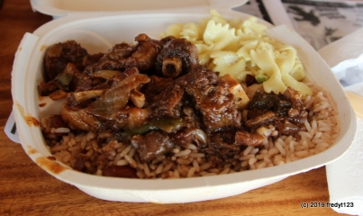 Arubian Oxtails with Red Beans & Rice, and Mac salad