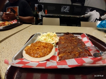 Sweet Home Cafe - Ribs & Baked beans