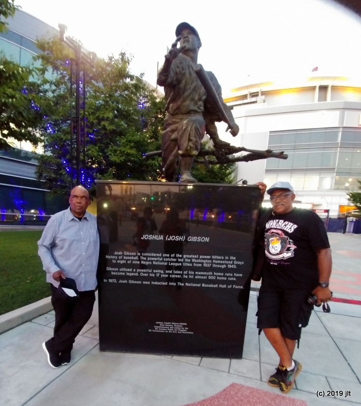 Willie & Fred pose next to Josh Gibson statue at Nat's park