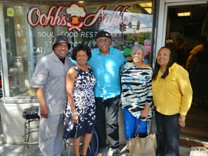 Willie, Del, Fred, Maryum & Judith at Oohh's & Aahh's