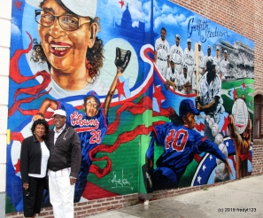 Del & Willie at MLB mural saluting women in the Negro Leagues